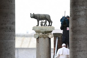 Pope Francis - Pope Francis arrives for his visit to Campidoglio (Capitoline hill) in Rome, Italy,26 March 2019. ANSA/ALESSANDRO DI MEO (ANSA)