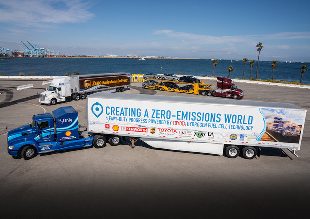 Toyota e Kenworth insieme per maxi truck fuel cell © Toyota